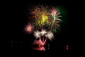 Feuerwerk auf dem Wasser